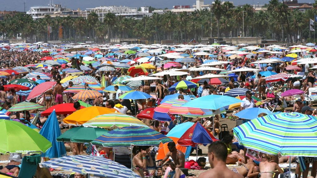Playas repletas para comenzar agosto