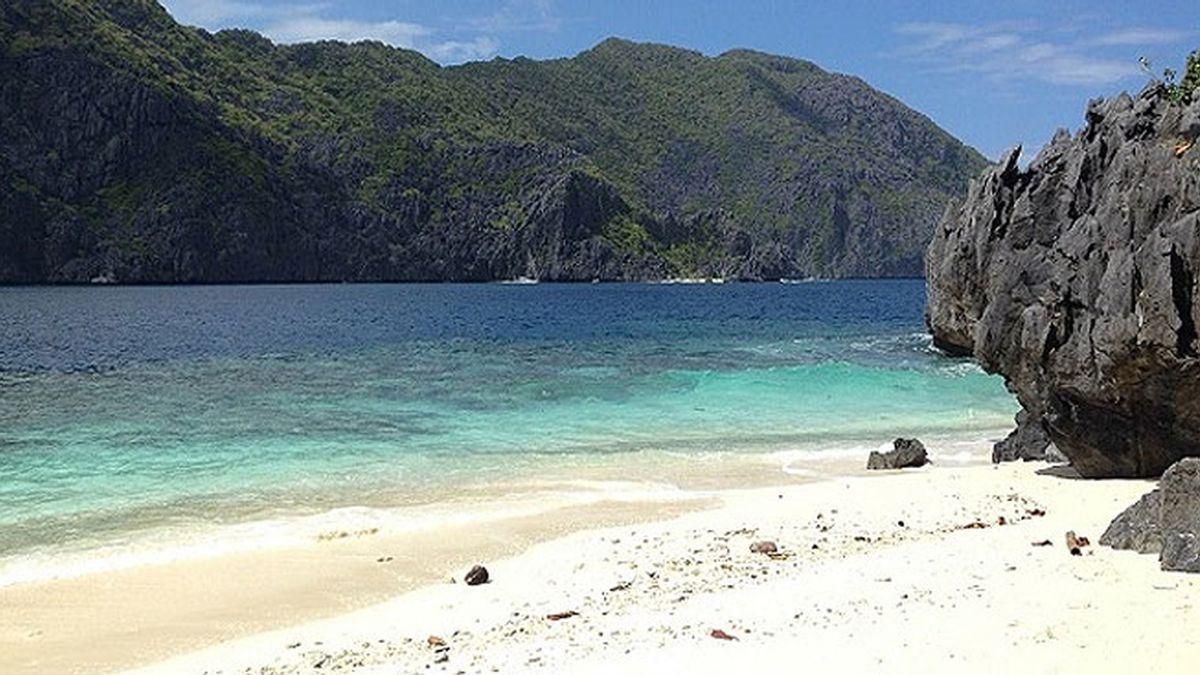 Playa Filipinas Adán y Eva