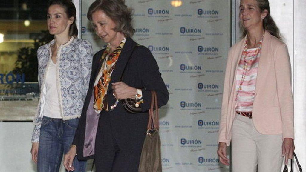 La Reina, Letizia y la Infanta Elena son las que más se aprietan el cinturón