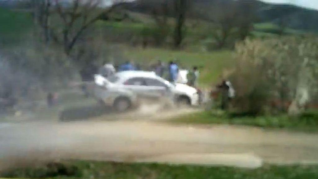 Herida grave una persona al ser atropellada en una competición automovilística en Navarra