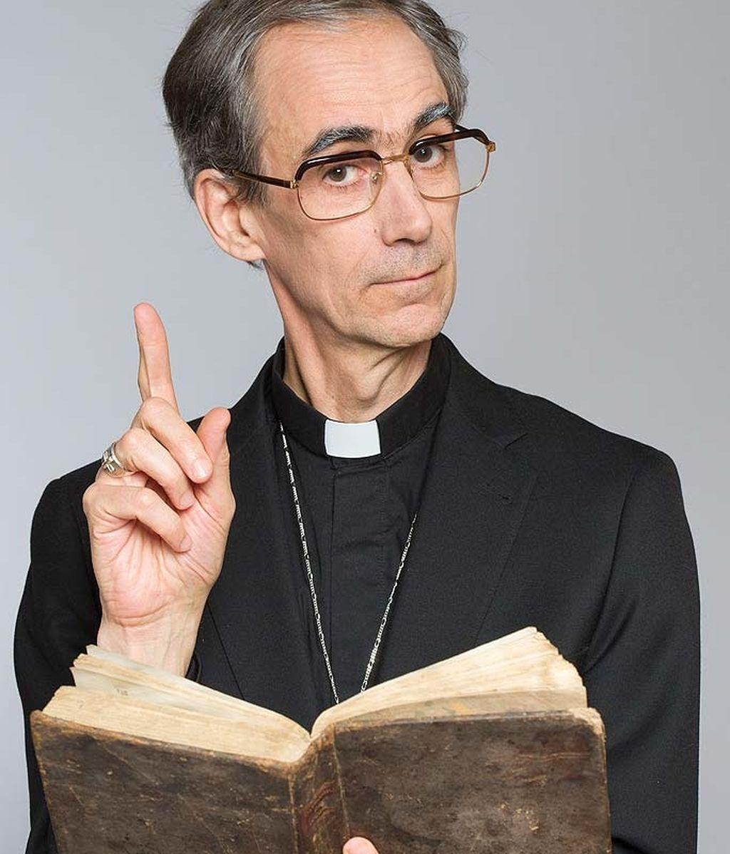 Obispo Martínez Carrión (César Sarachu)