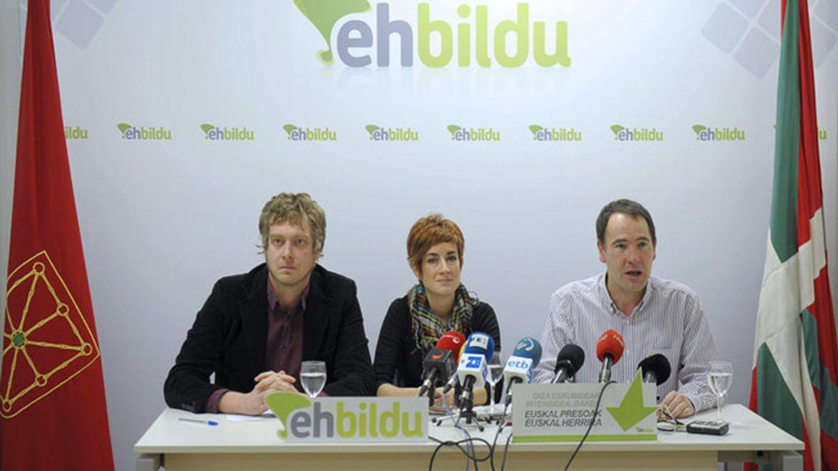 Bildu ya contacta con el PSN para lograr convocar elecciones en Navarra