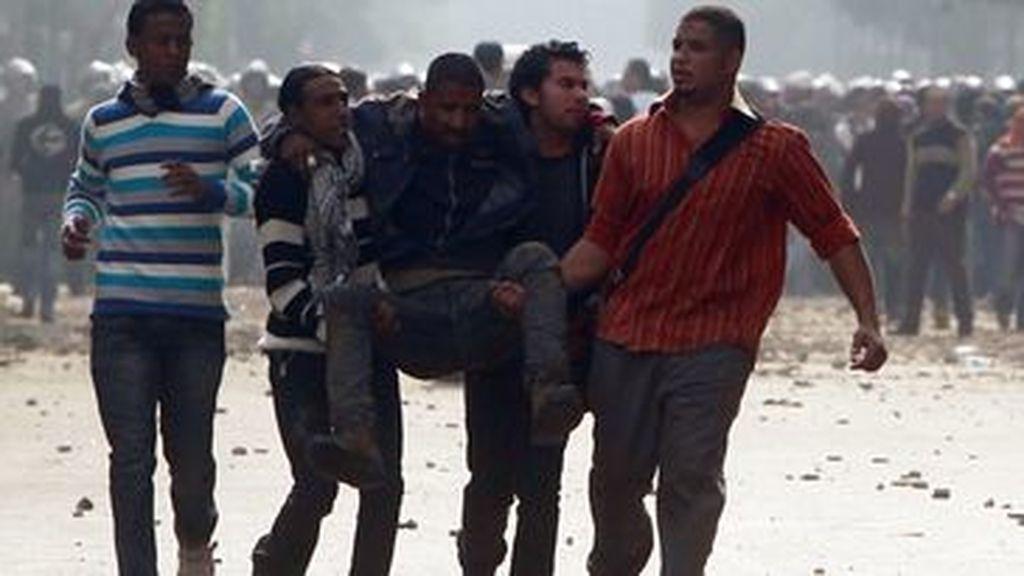Los enfrentamientos en El Cairo dejan muertos y heridos