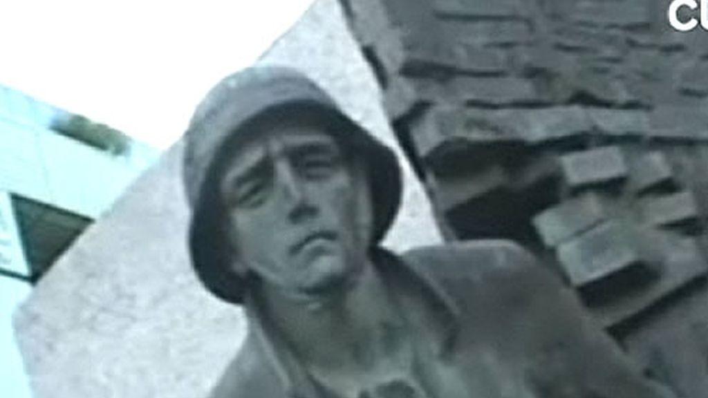 Estatua de la antigua Polonia soviética