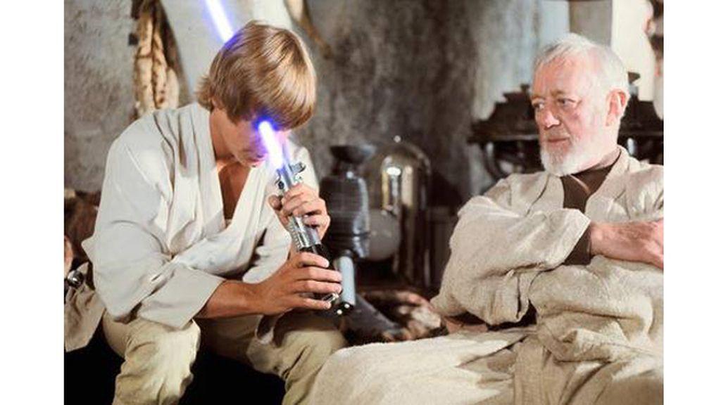 Apuntar con el arma más peligrosa de la galaxia directamente al ojo no es una buena idea