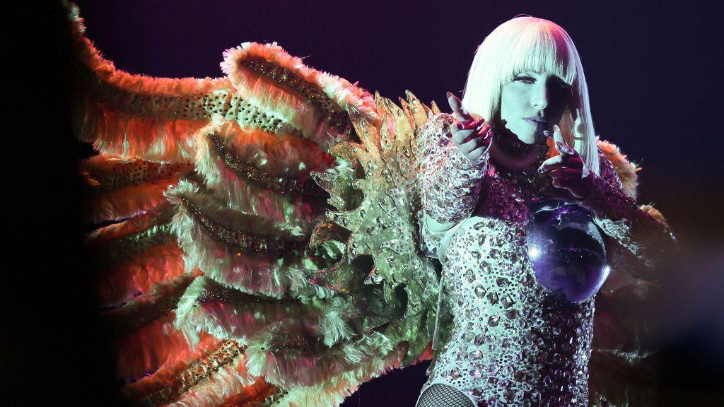 Lady Gaga durante uno de sus conciertos
