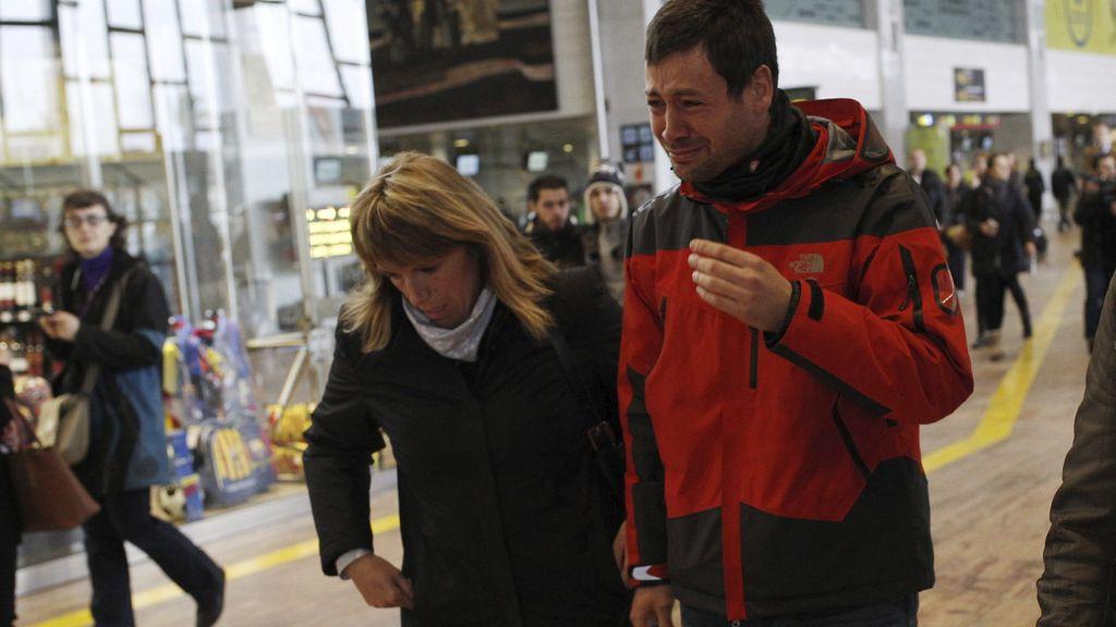 Familiares del avión estrellado en Los Alpes llegan al Prat