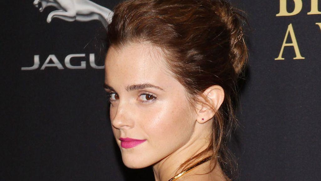 """Emma Watson patrocinará la nueva versión de """"la bella y la bestia"""""""