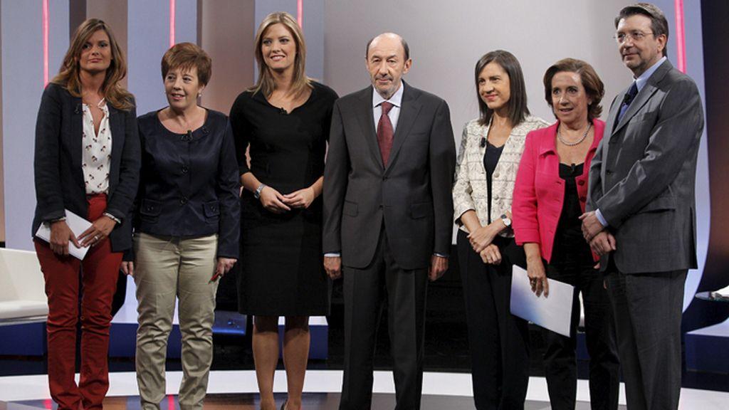 Alfredo Pérez Rubalcaba, secretario general del PSOE, entrevistado en TVE