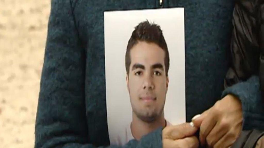La familia del brasileño desaparecido en Zaragoza descarta que cayera al Ebro