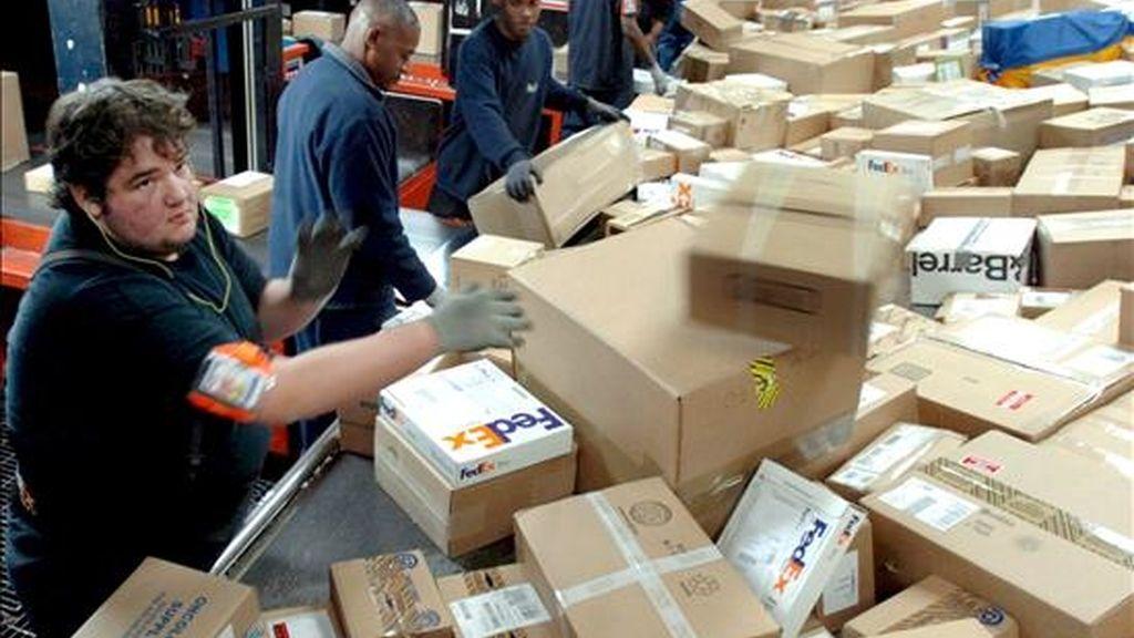 En marzo FedEx anunció que sus ganancias se habían reducido en un 75% en comparación con las del año anterior. EFE/Archivo