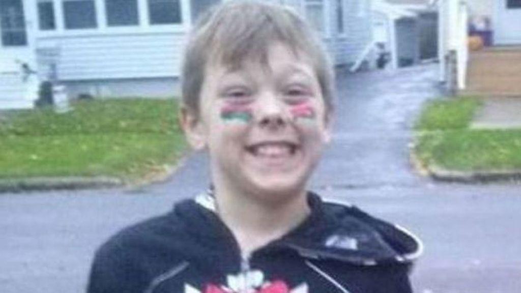 Un niño de ocho años muere en un incendio tras salvar a seis familiares
