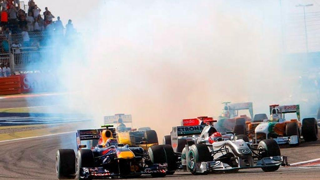 Una nube de humo envuelve el circuito