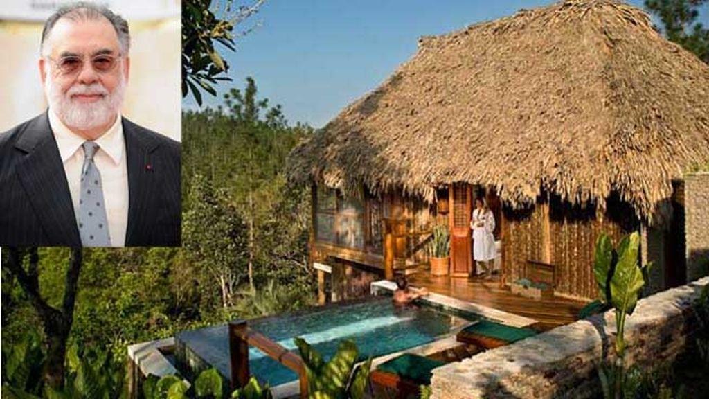Francis Ford Coppola tiene varios resorts, este es el Blancaneaux, en Belize