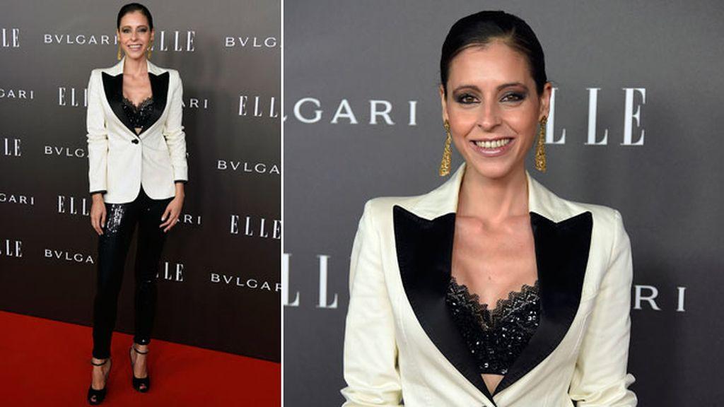 Yolanda Font con leggings de lentejuelas y chaqueta de smoking