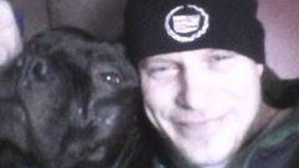 Muere tras ser atacado por su pitbull