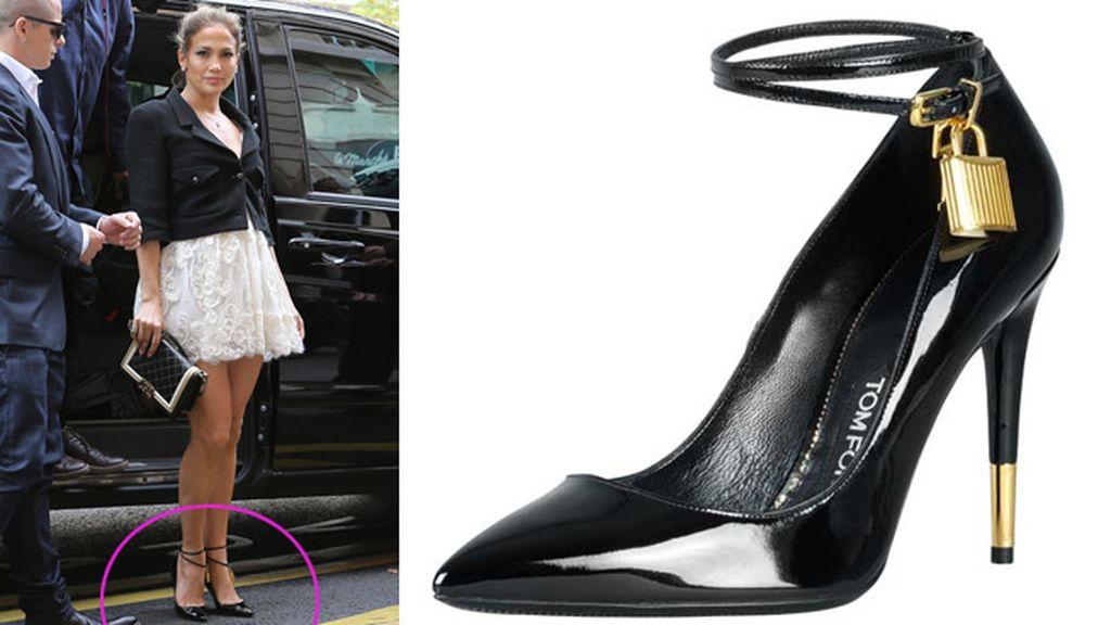 Los zapatos y el candado