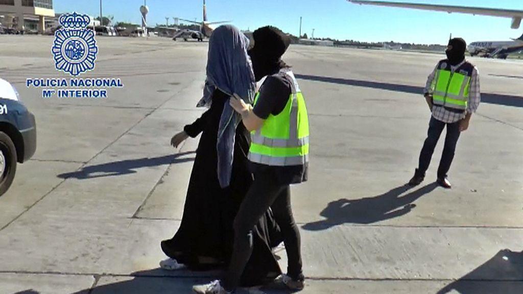 Detenido en Marruecos el marido de la mujer arrestada ayer en Málaga retornada de Siria