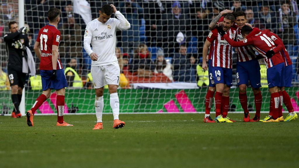 Contraste en el derbi madrileño, la tristeza de la derrota contra la alegría de la victoria (27/02/2016)