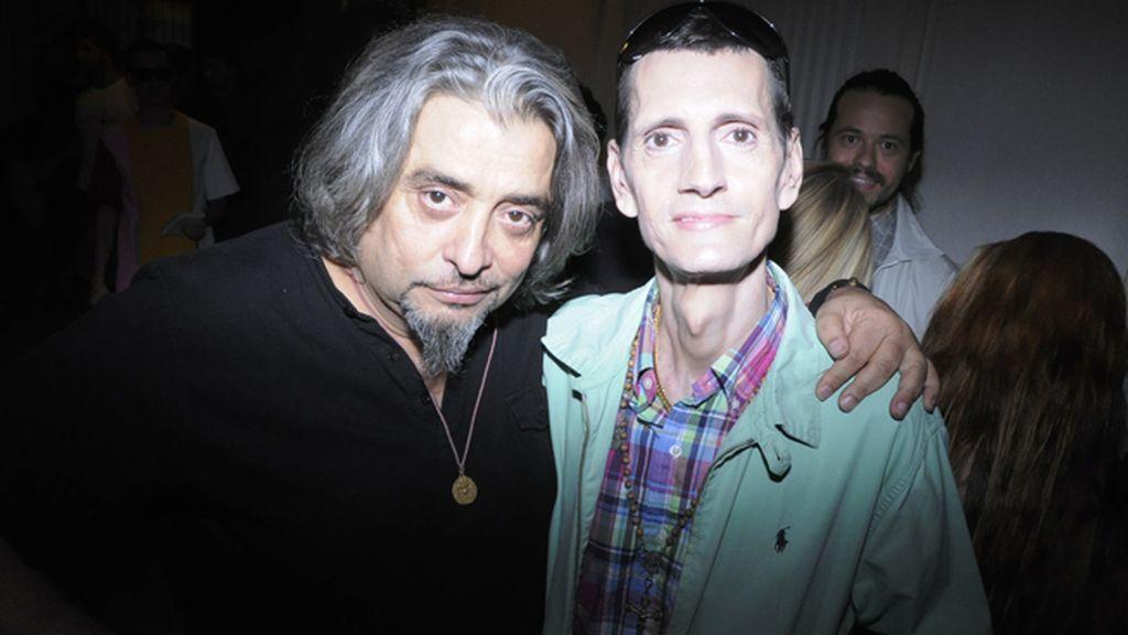 El productor musical Capi posó junto al icono de la movida, Fabio McNamara
