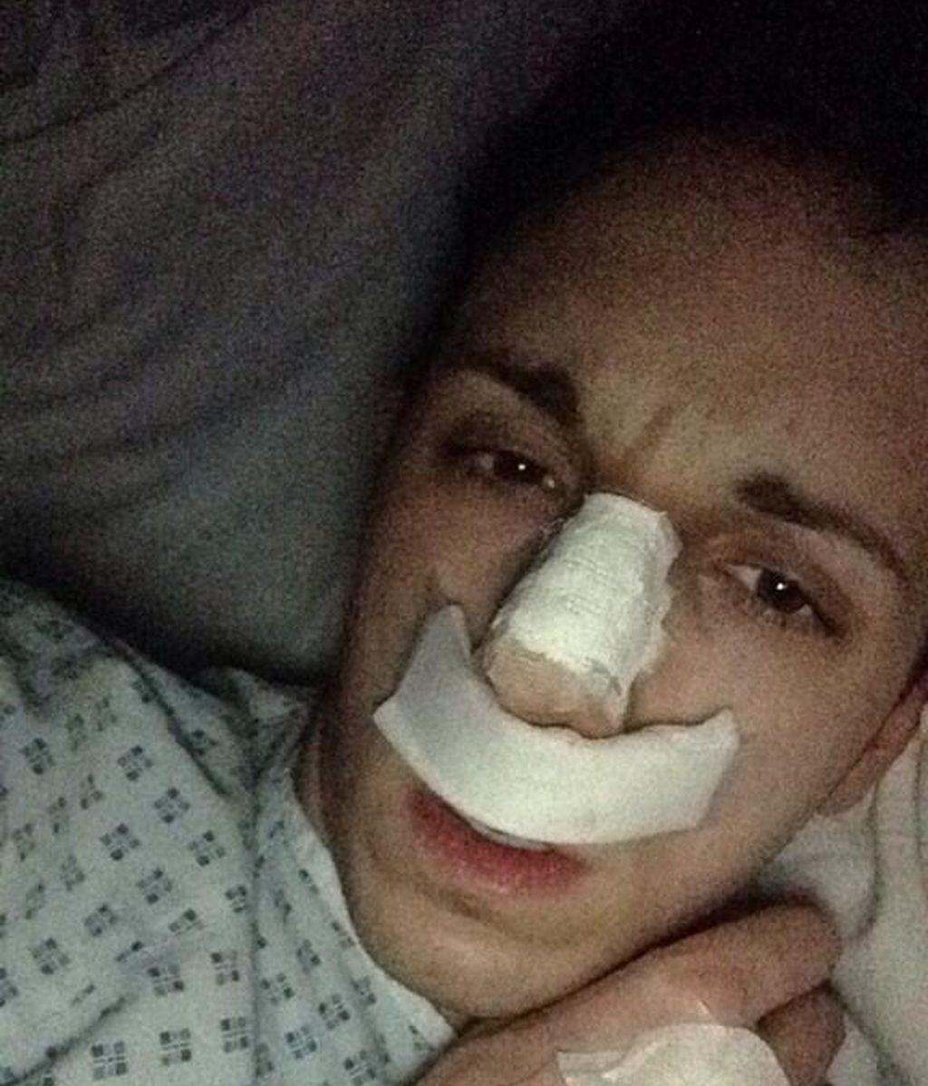 Sam Barton tras una operación