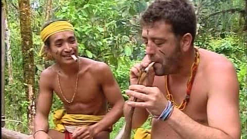 Luismi fuma como un mentawai
