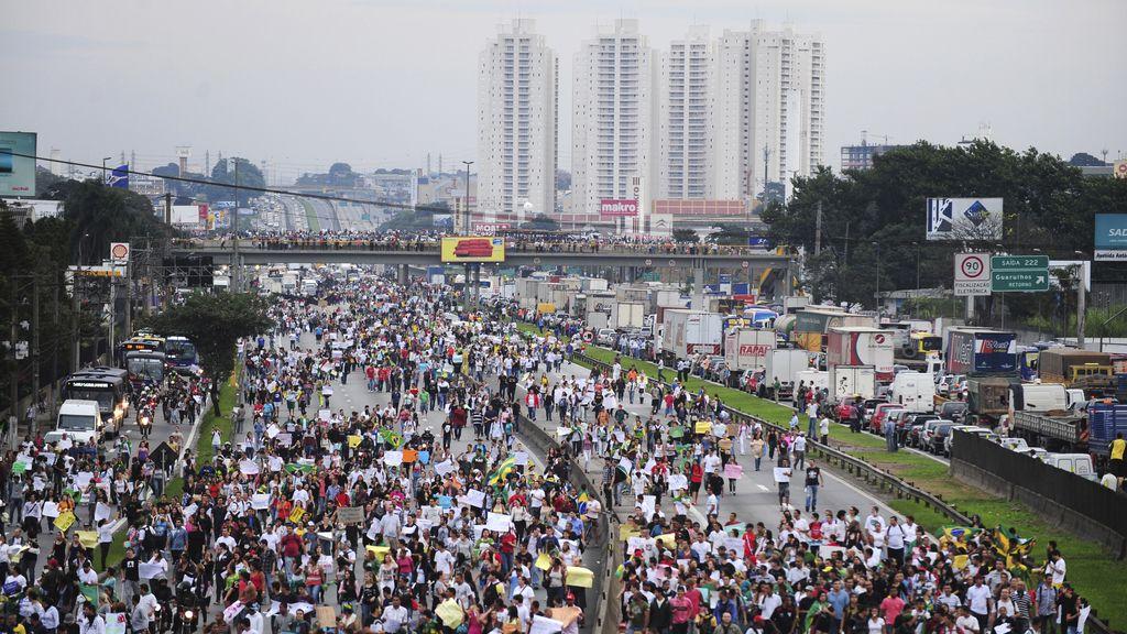 Solidaridad por el mundo con las protestas de Brasil