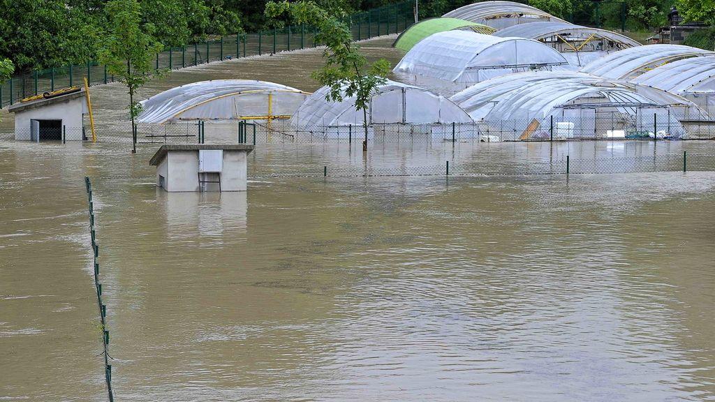 Cortadas varias zonas de Pamplona por el desbordamiento del río Arga