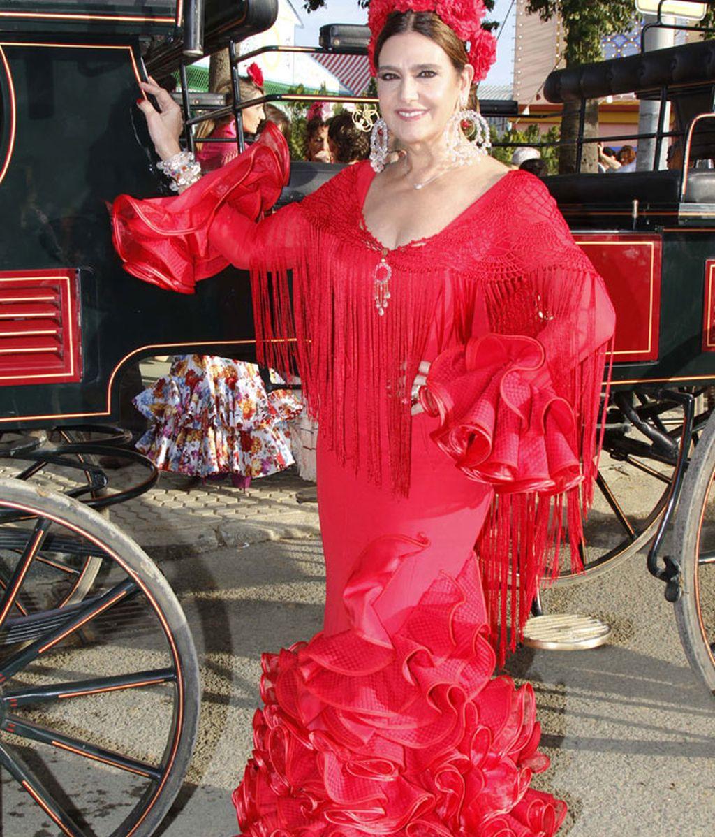 Marina Danko también eligió un total look en rojo