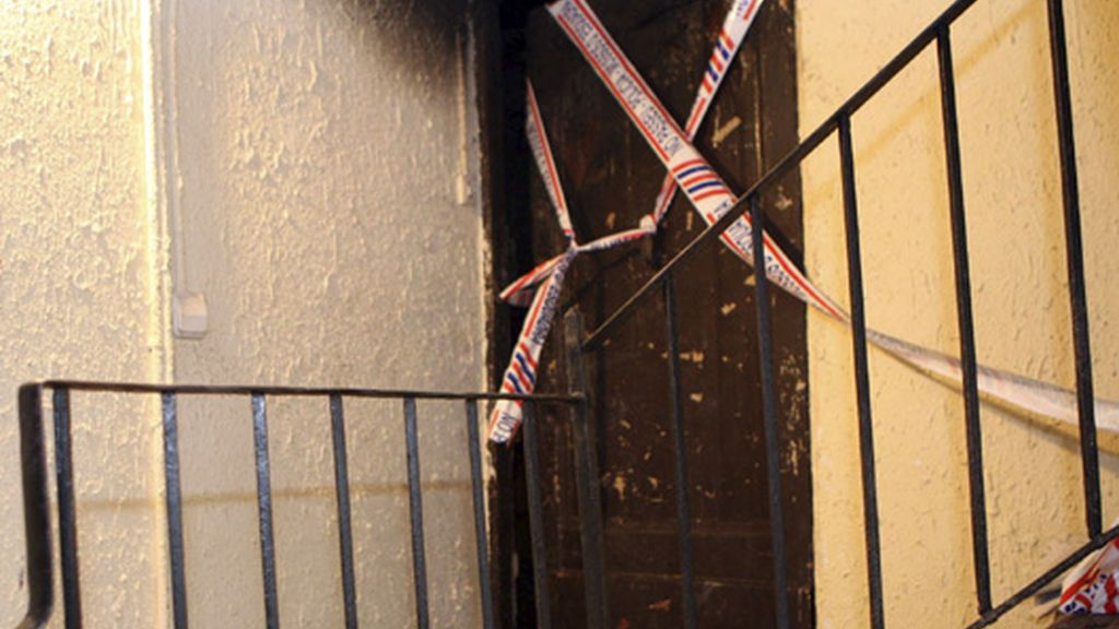 Mueren una mujer y sus dos hijos en el incendio de su casa en Barcelona