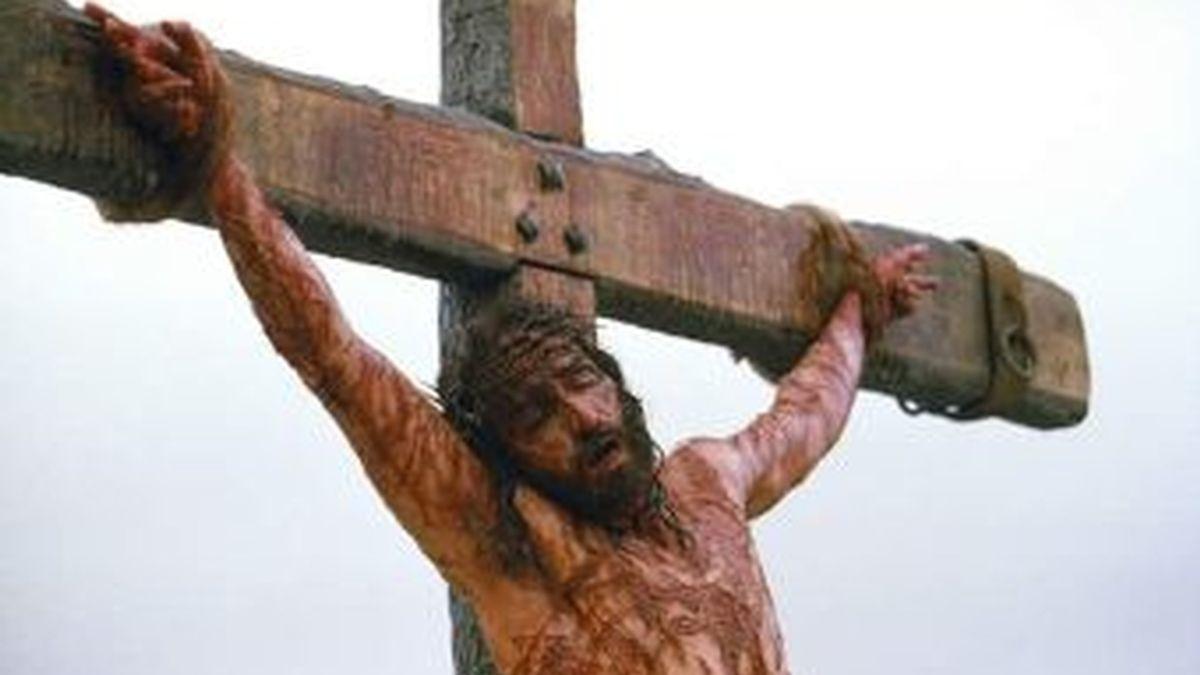 Un teólogo sueco asegura que no existen referencias explícitas en la Biblia de que Jesucristo fuera crucificado.