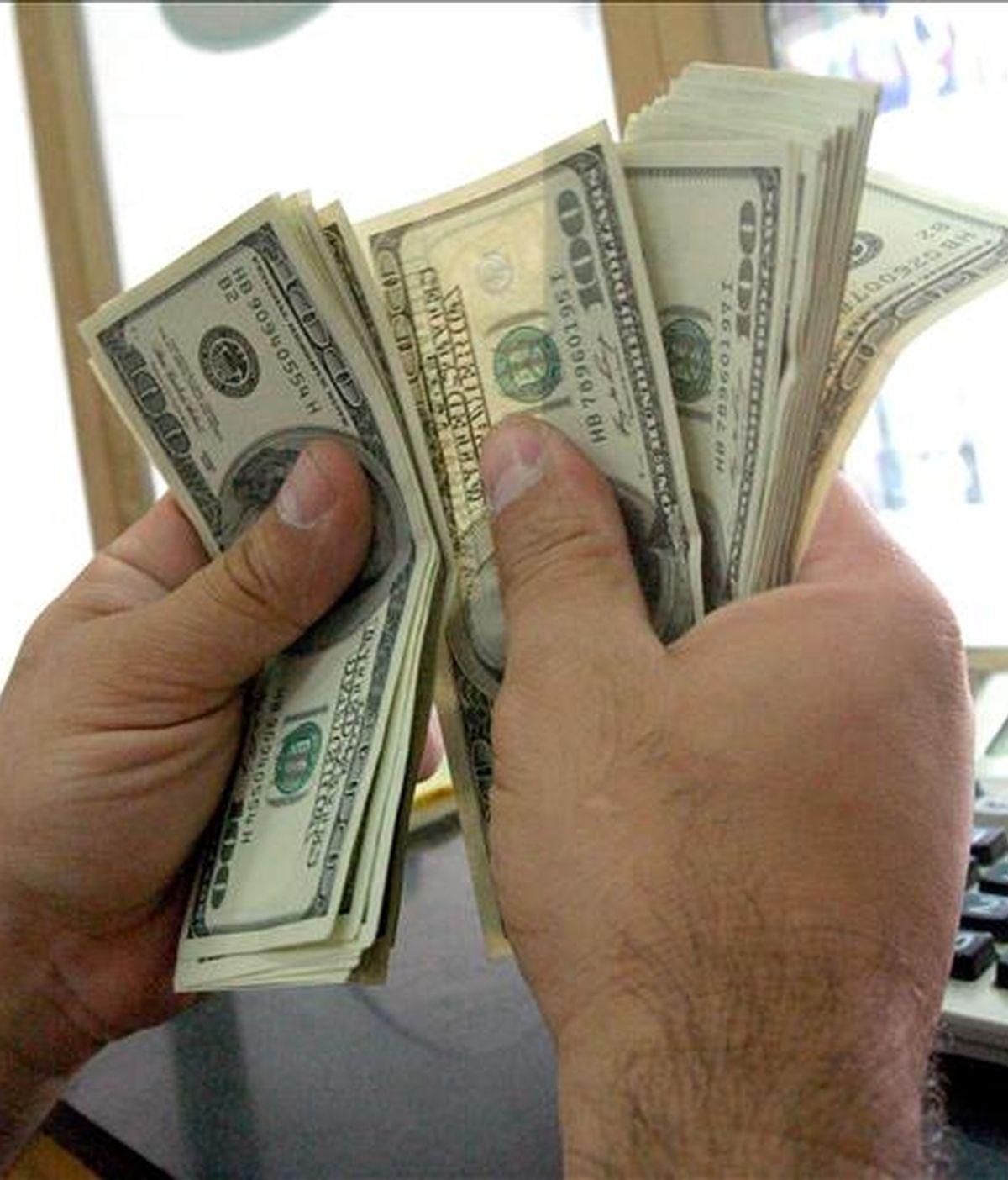 Portavoces del Ministerio de Economía dijeron que ese monto adicional de 1.000 millones de dólares es motivo de negociación para terminar de conciliar el monto de la deuda a refinanciar. EFE/Archivo