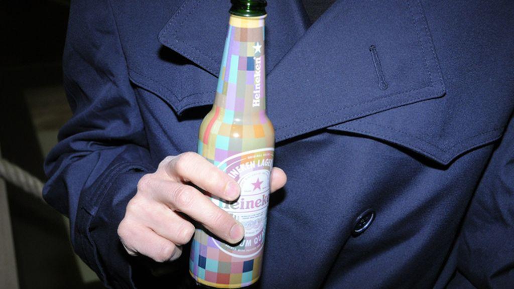 Los coloridos botellines de Heineken animaron la fiesta de inauguración de ARCO