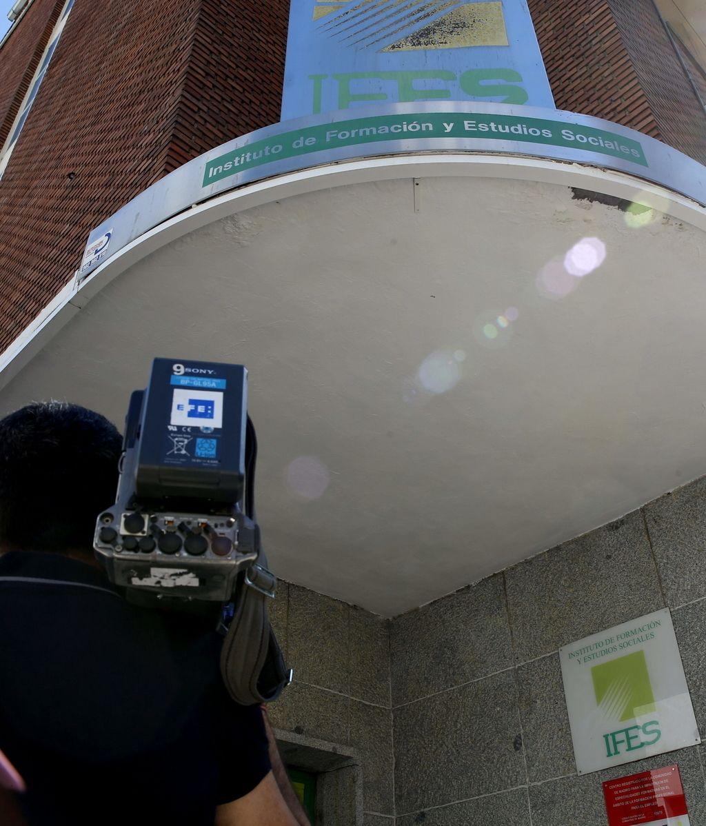 Registran las sedes del Instituto de Formación de UGT en Madrid y Sevilla