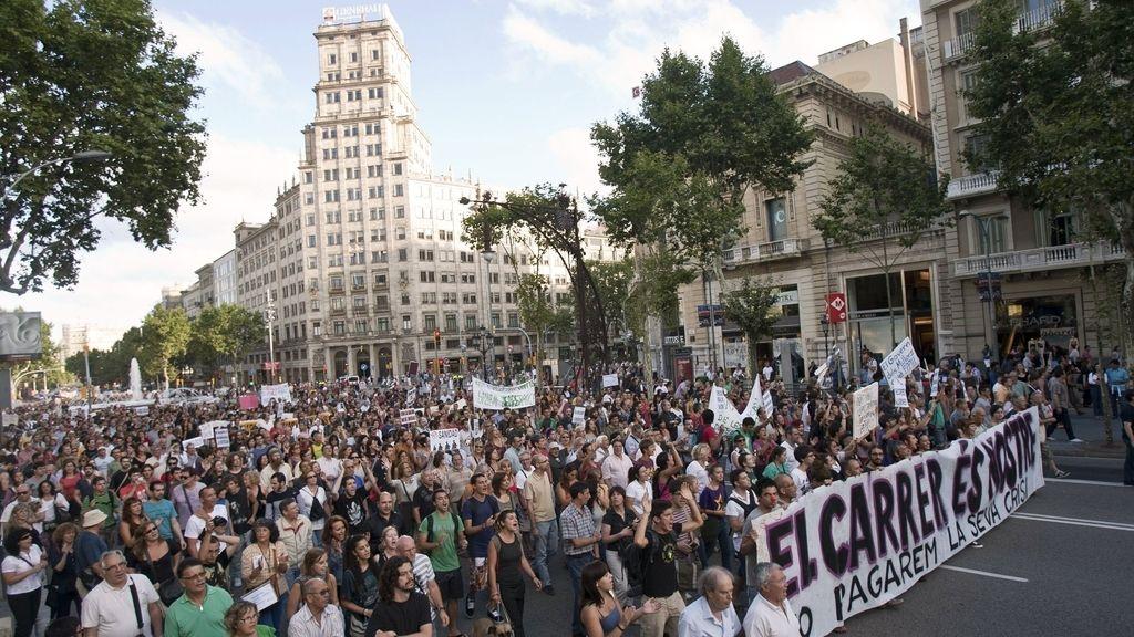 Los 'indignados' se reúnen en la Puerta del Sol este sábado. Foto: EFE