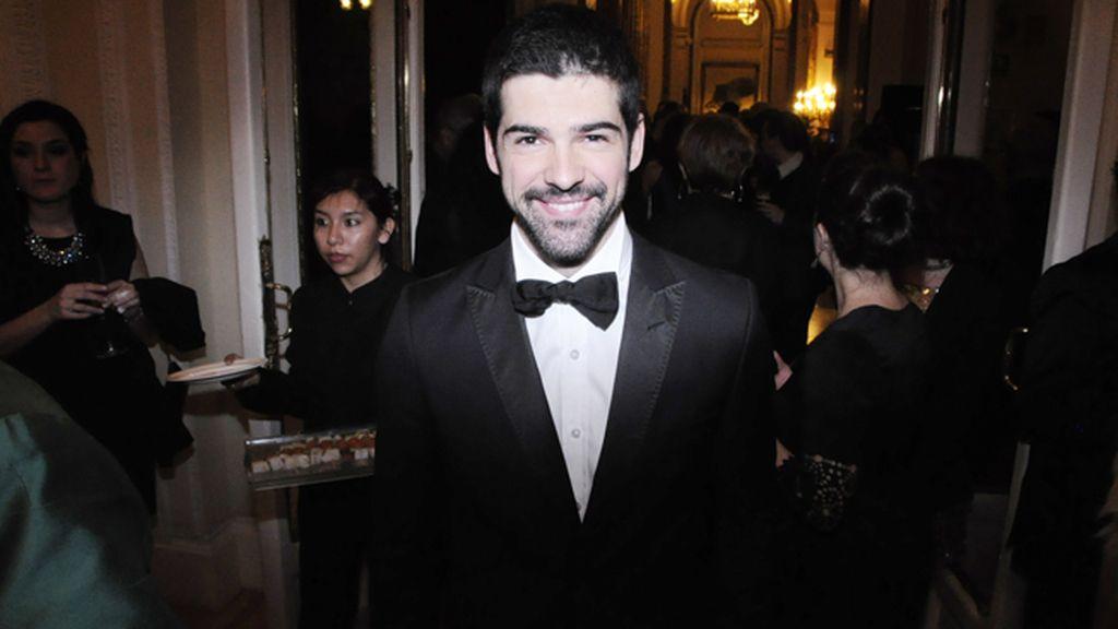 Miguel Ángel Muñoz no dudó en apuntarse a la moda de la pajarita