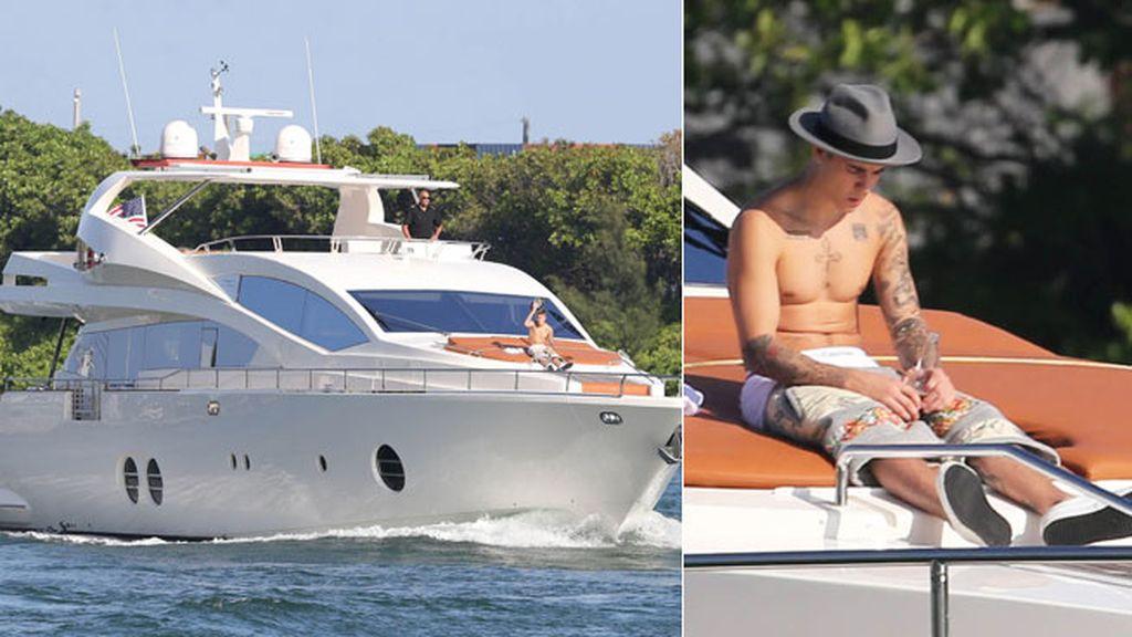 Justin Bieber, en su yate de Miami