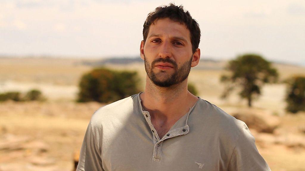 Ignacio Massau es terapeuta de 'Padres lejanos'