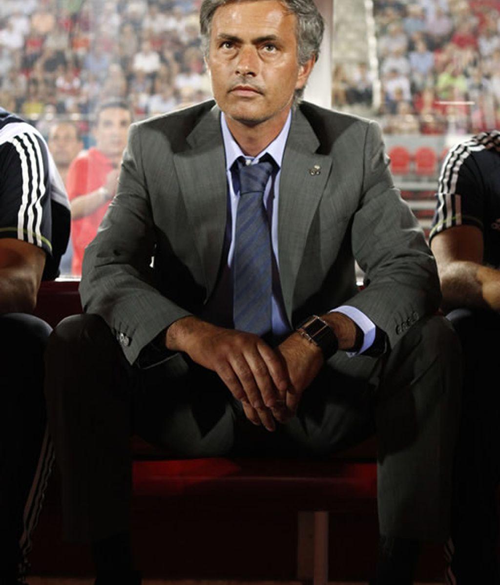 Mourinho la lia en rueda de prensa