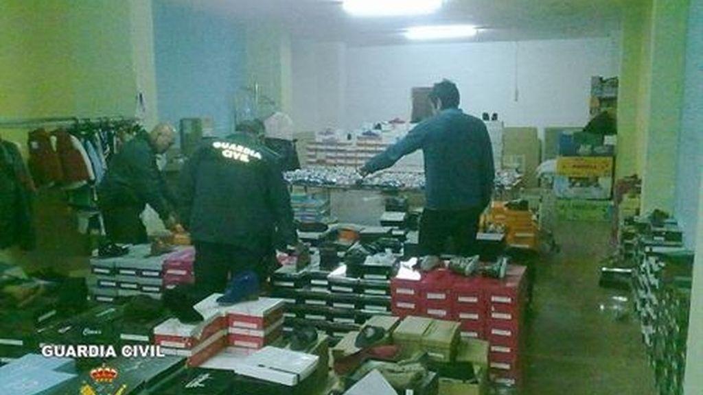 Detenidas 20 personas por cometer supuestas estafas en compras por internet