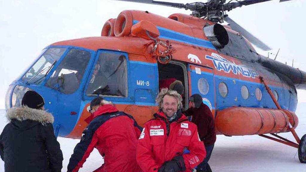 Recogida en helicóptero en el Polo Norte