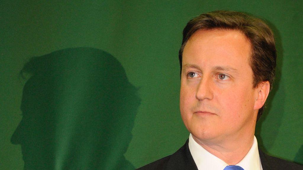 David Cameron ya está en Downing Street