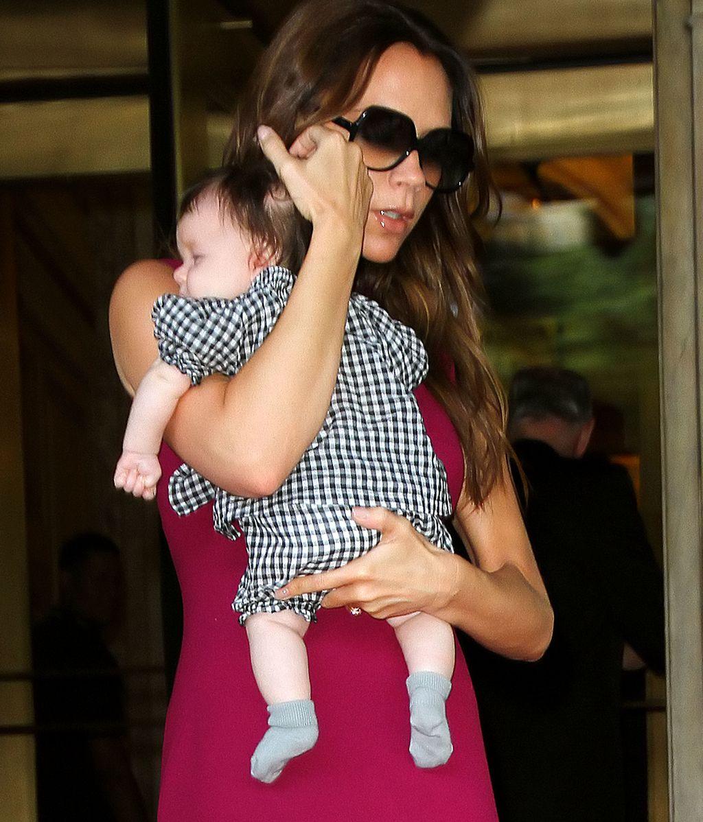 Victoria Beckham con su hija en Nueva York