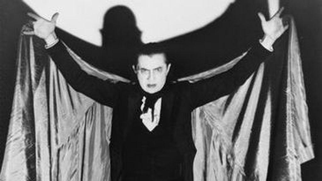 La capa que Bela Lugosi usó en 'Drácula', a subasta