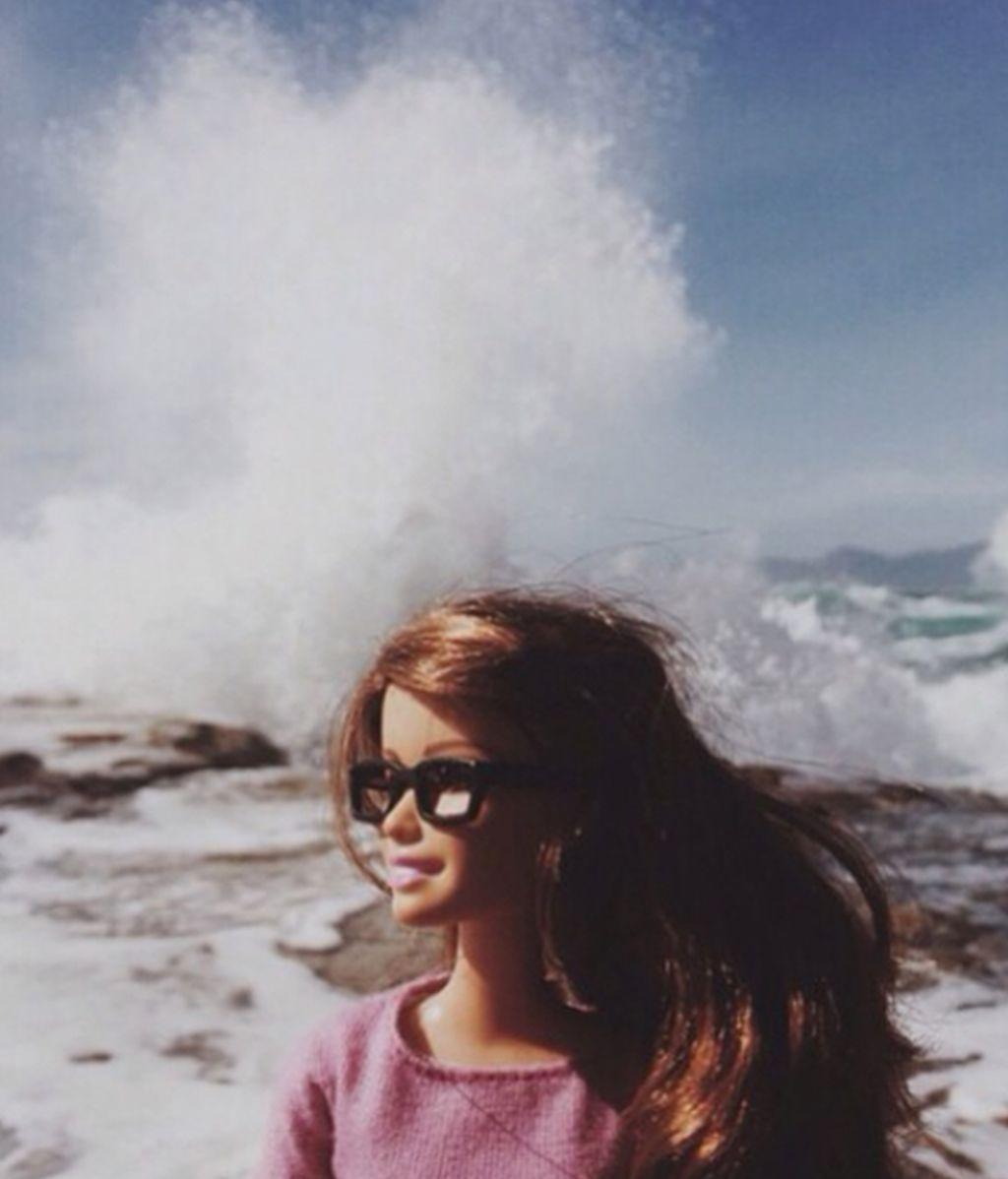 La Barbie con Instagram que se ríe de cómo usamos las redes