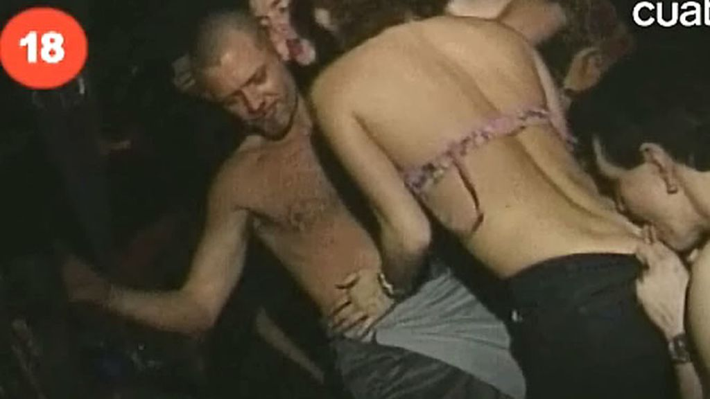Fiestas sexuales sin ropa