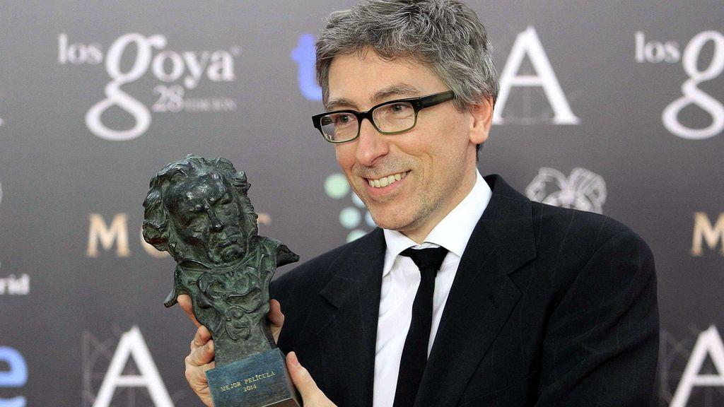 """El realizador David Trueba tras recibir el Goya a la """"Mejor película"""", por  'Vivir es facil con los ojos cerrados'"""