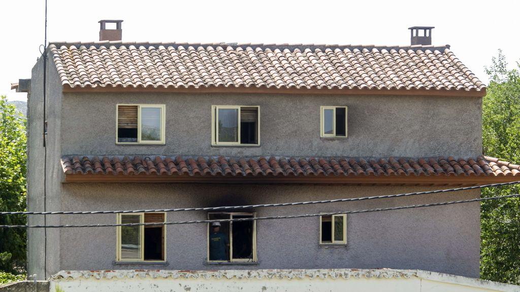 Cuatro heridos en el incendio de la residencia Santa Fe continúan ingresados