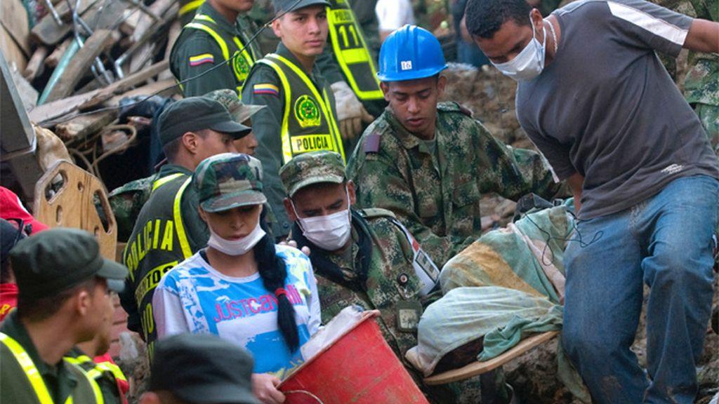 Ascienden a 24 los muertos por un alud en Colombia