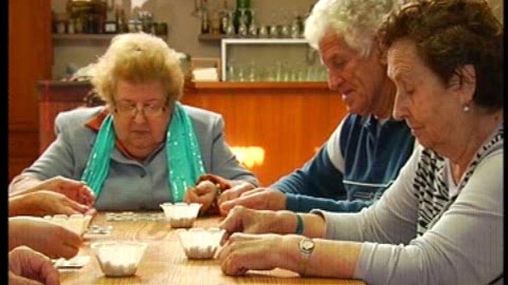 Peligro: jubilados jugando al bingo